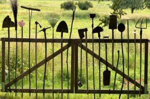 Essential Garden Tools